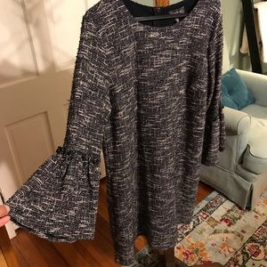 Luxology tweed shift with bell sleeves sz XL